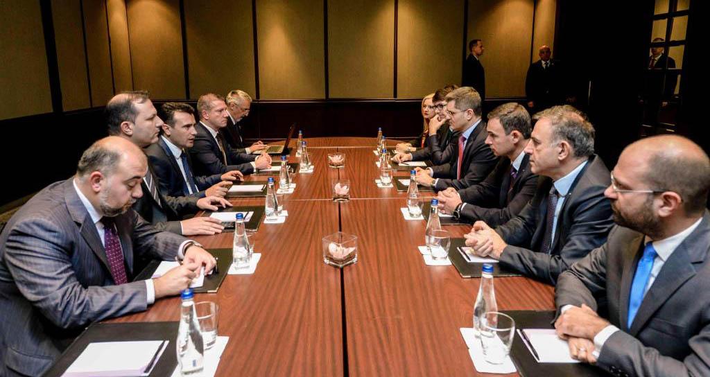 Народна странка и СДСМ: За унапређење демократских процеса, владавину права и слободу медија