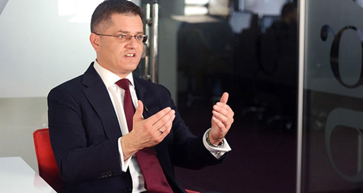 Јеремић: Вучић лично управља процесом срастања државе и мафије