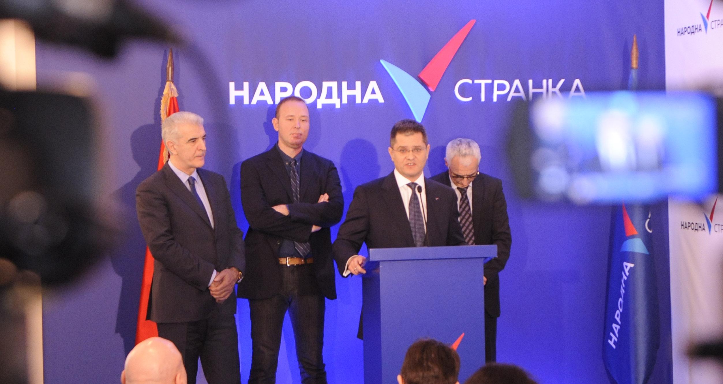 Народна странка: Устав Србије да промени Уставотворна скупштина
