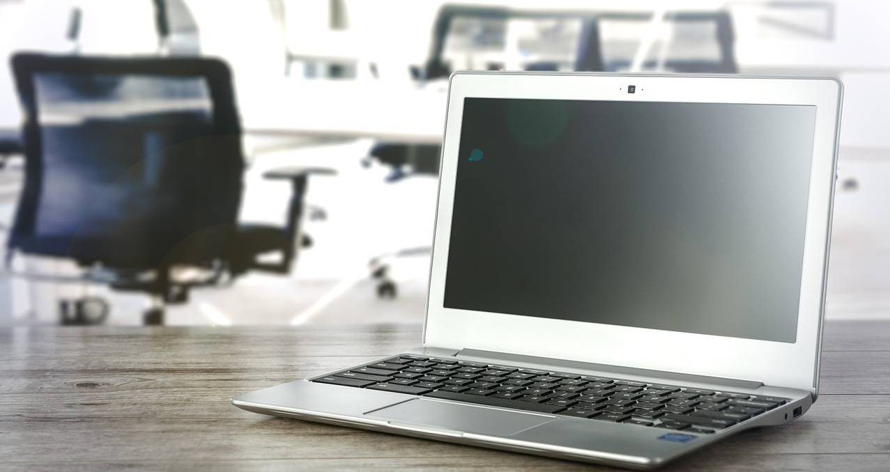 Народна странка: Влада Србије ће упропастити домаће ИТ компаније фаворизовањем страних