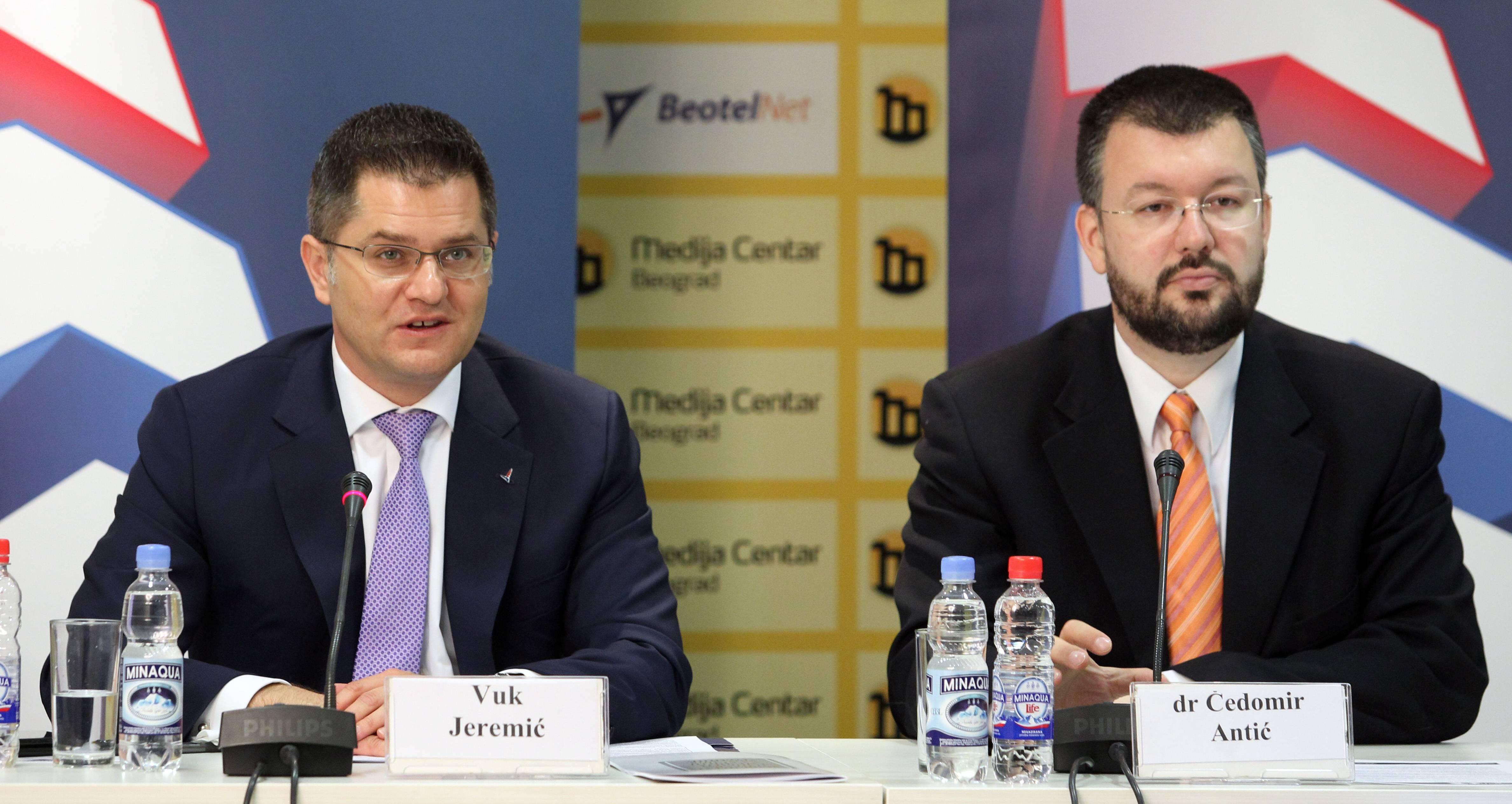 Јеремић: Катастрофална ситуација у области медијских слобода је право лице напредњачког режима