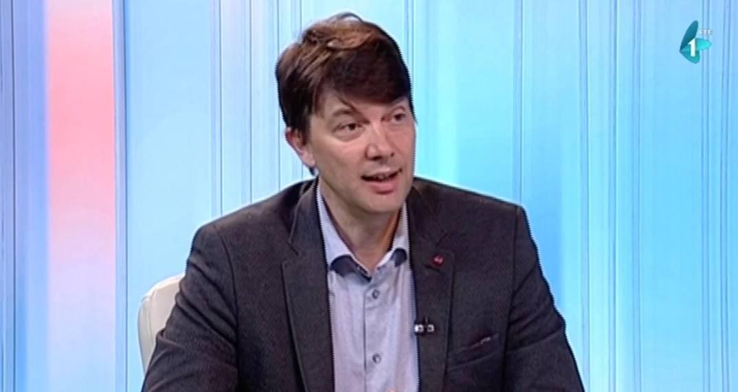 Јовановић: Шпански премијер Рахој учинио више за достојанство Србије од Вучића