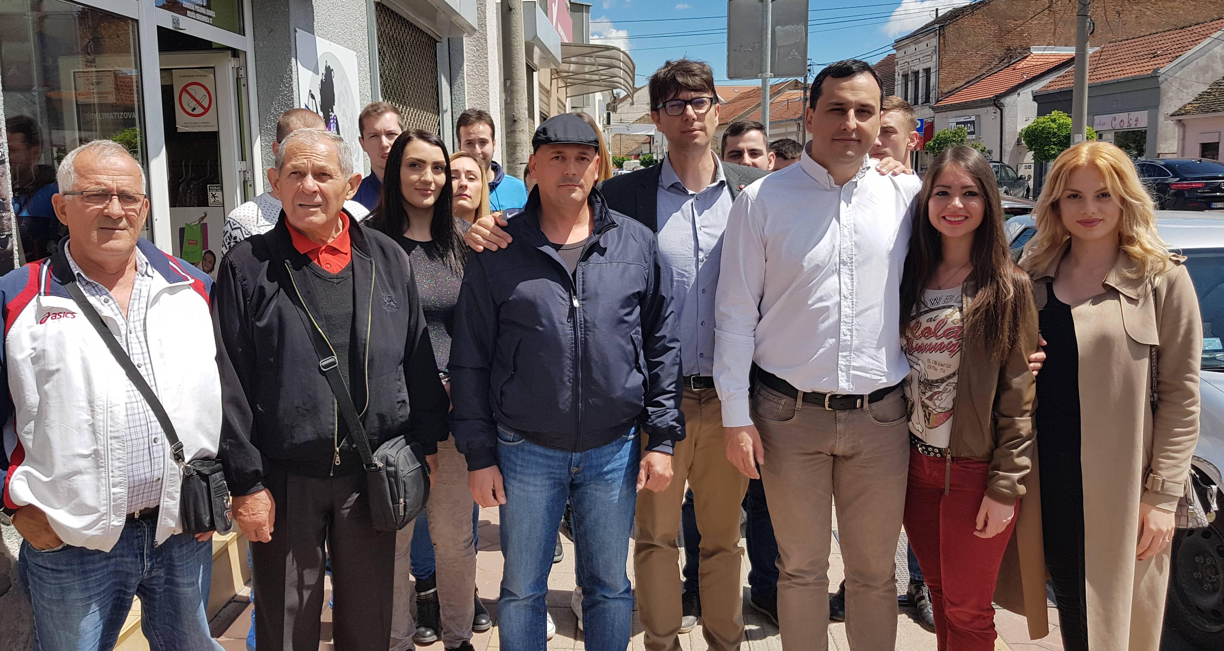 Народна странка обележила годишњицу поплава у Обреновцу и предложила низ мера