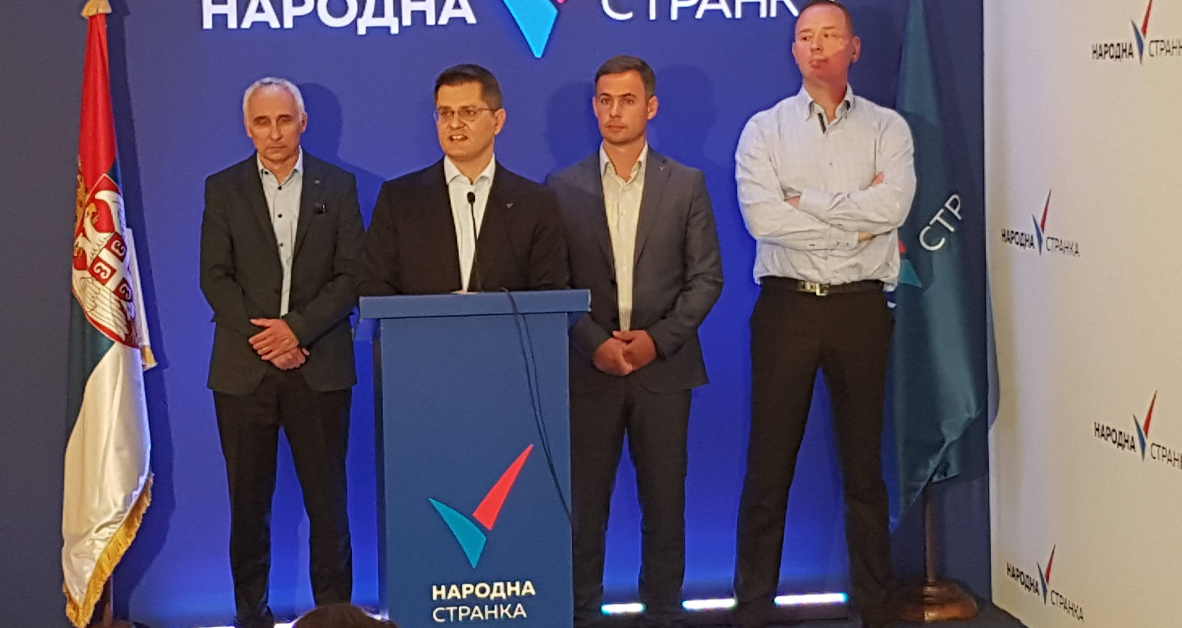Јеремић: Вучић ме је напао бесмисленим лажима да би прикрио предају Косова и бројне афере Синише Малог