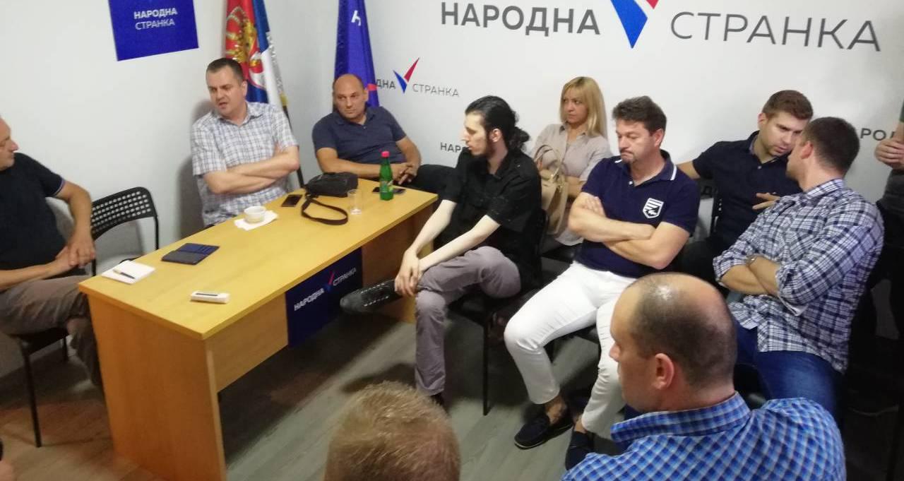 Добросављевић у Нишу: Народна странка мора да понуди алтернативу овоме што влада нашом отаџбином