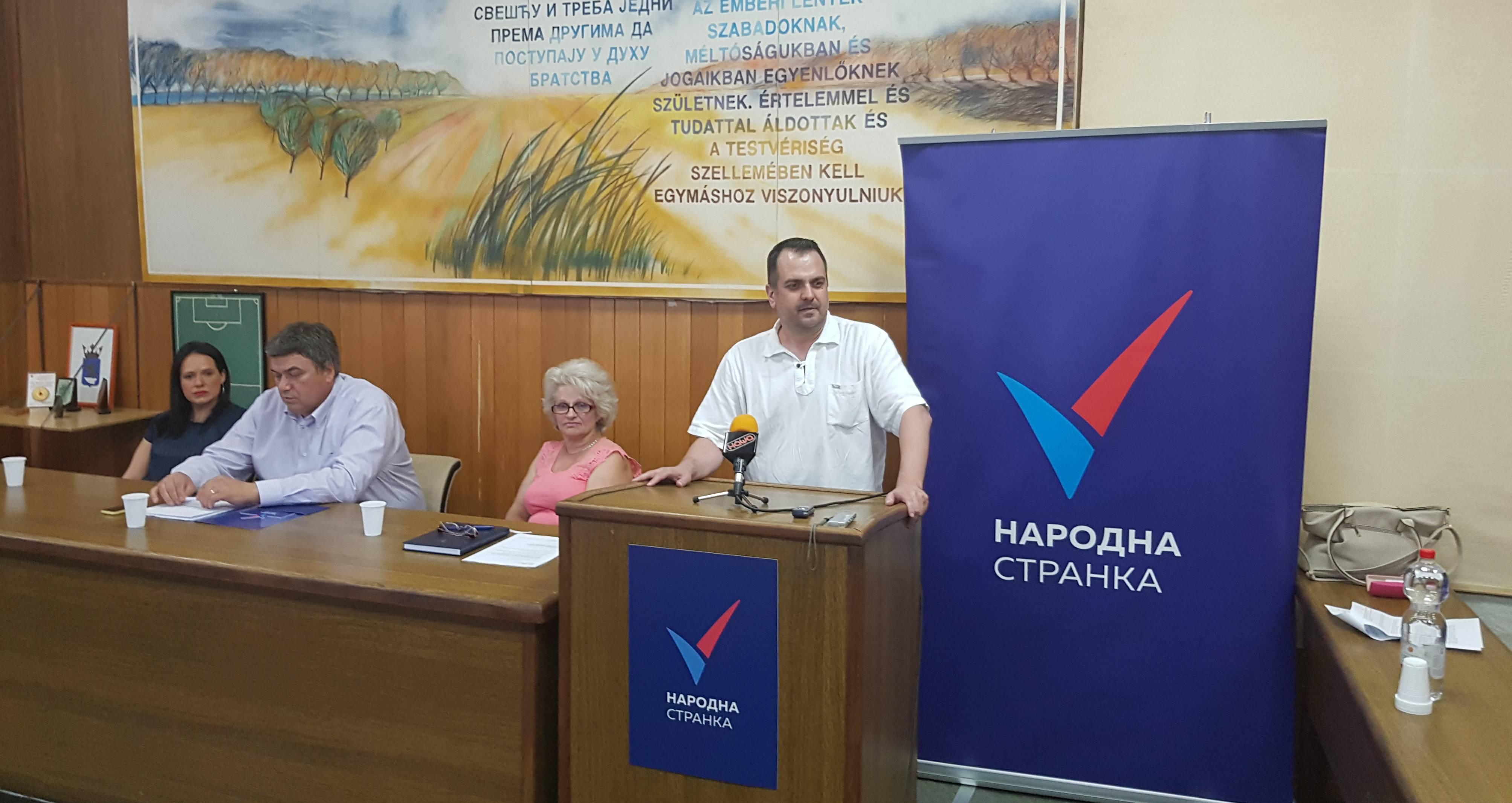 Добросављевић: Признавање Косова није компромис и противно је интересу грађана Србије