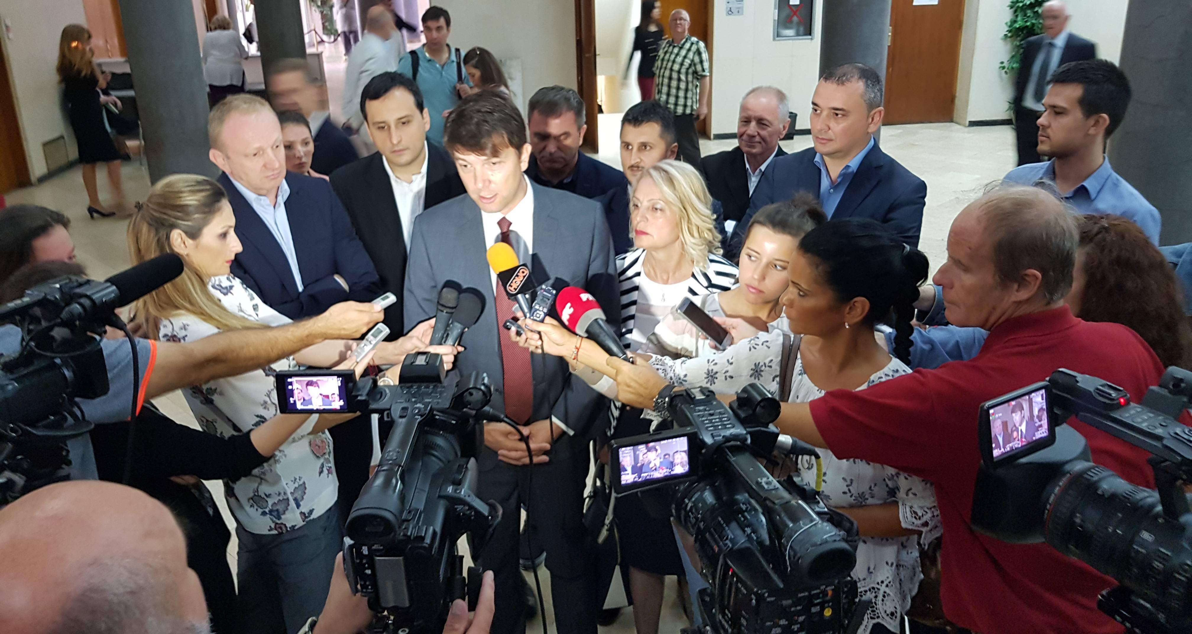 Јовановић: Продајом ПКБ-а власт наставља уништавање Београда и Србије