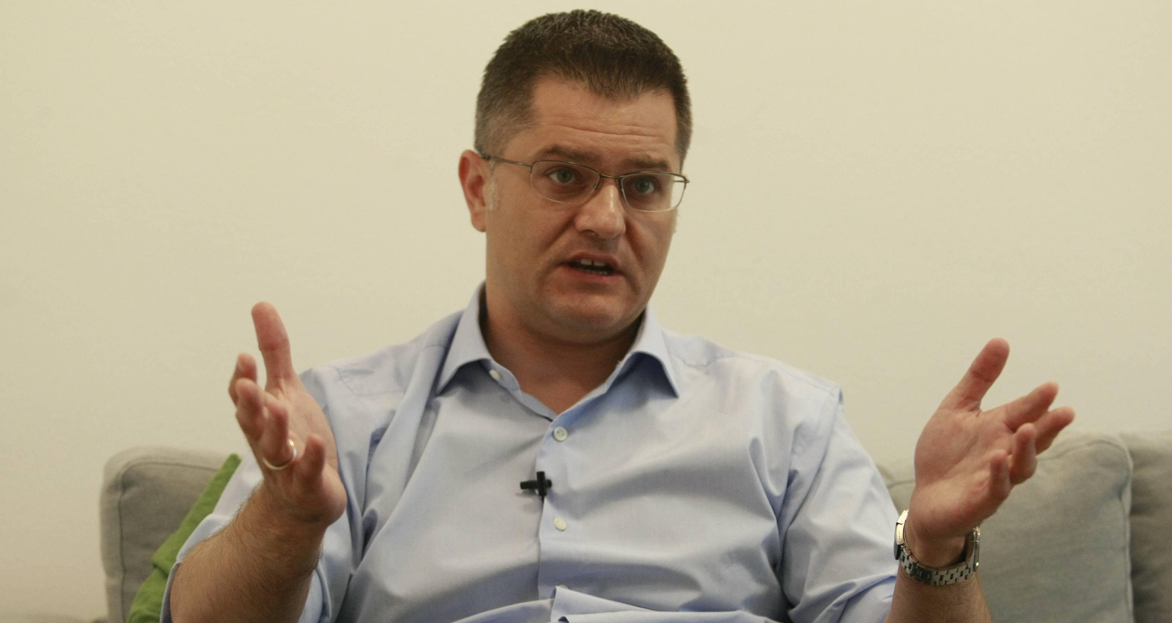 Јеремић за Бету: После упозорења Народне странке, Вучић тражи да се са Приштином разговара о српској имовини