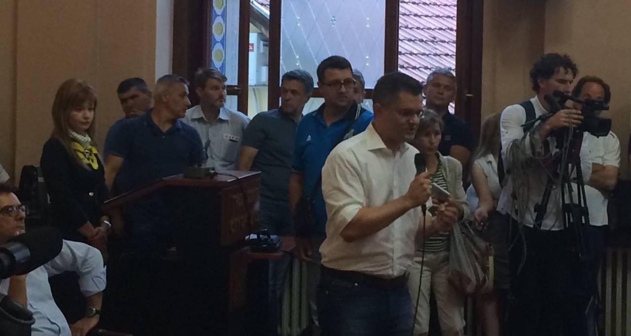 Савез за Србију у Ужицу: Борба против криминала, противљење чланству Приштине у УН и нова економска политика