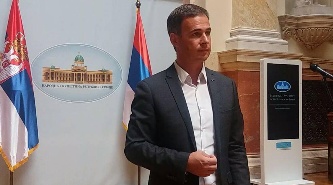 Алексић: Опозициони протест у Скупштини је последица насиља које спроводи режим