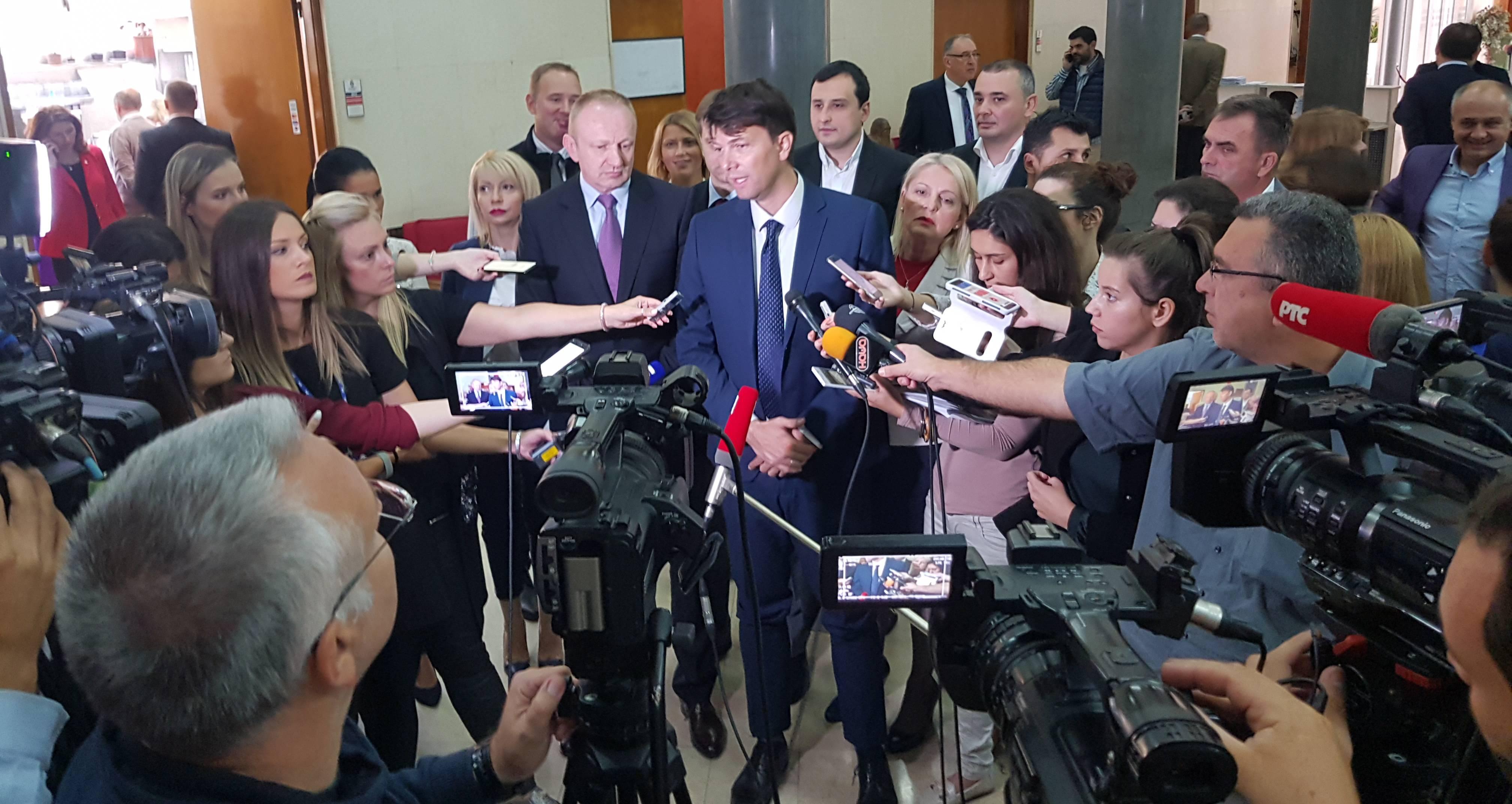 Јовановић: протести мирни и ускоро још масовнији, власт посеже за манипулацијом