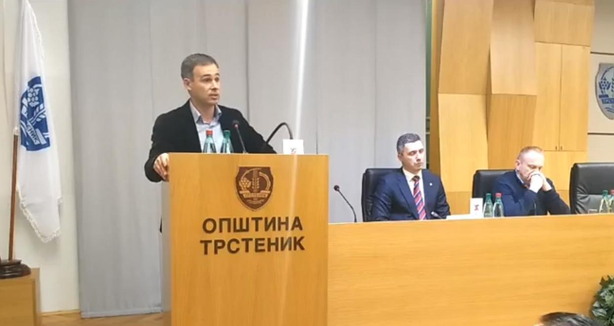 Алексић: Србија није Вучићево власништво