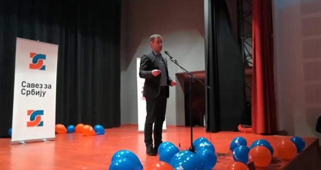Алексић: Власт мењамо гласањем, а не гвозденим шипкама