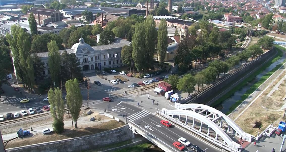"Народна странка Крагујевац: Неизвесна будућност стотину запослених у СЦ ""Младост"" и СЦ ""Парк"""