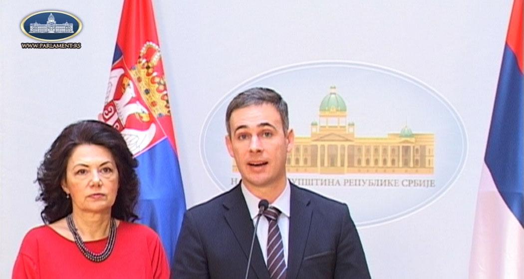 Алексић: Посланици Народне странке бојкотују парламент, солидаришемо се са народом