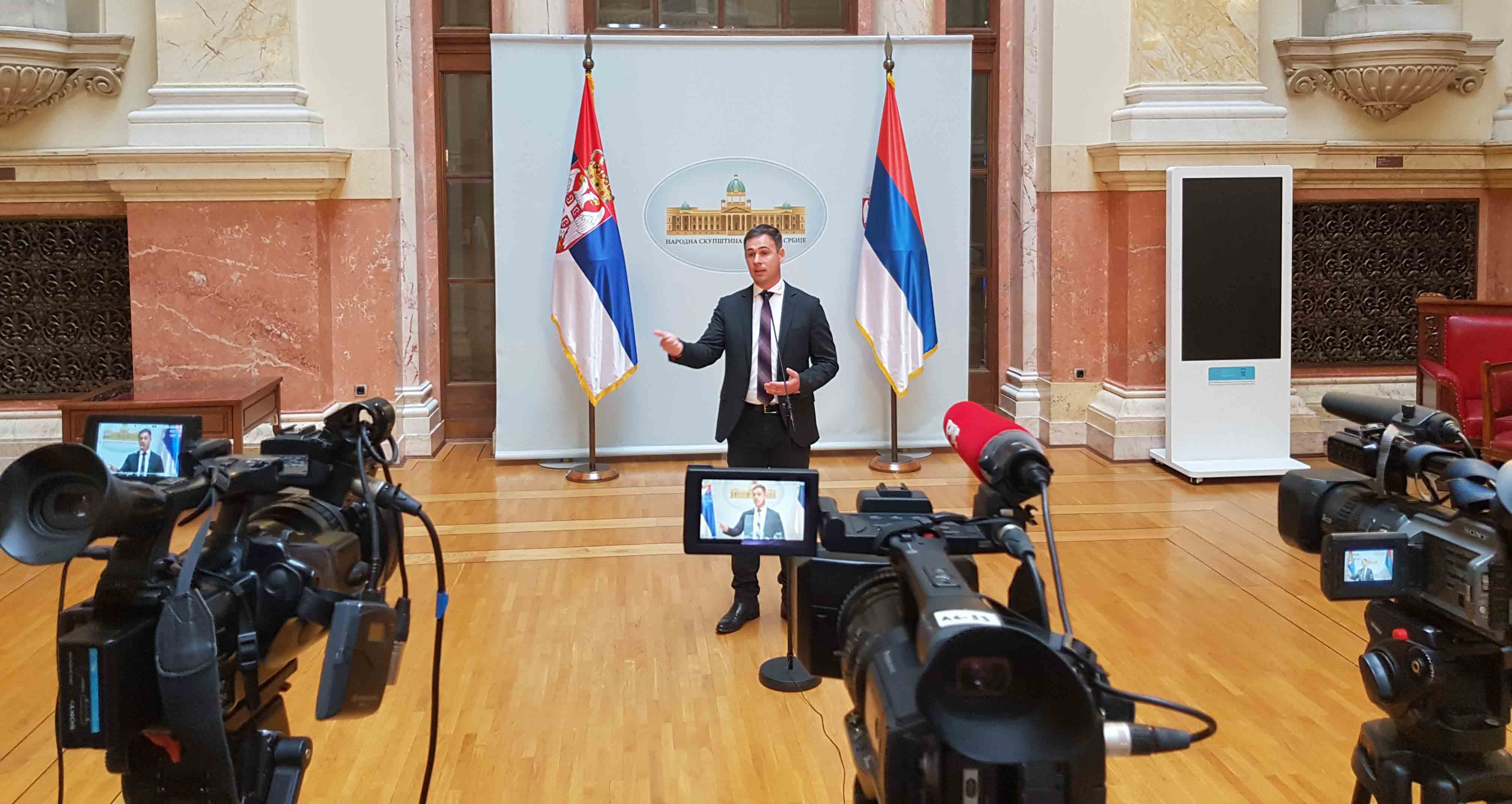 Алексић: Враћање мандата Јутки доказ да је режим огрезао у безакоњу