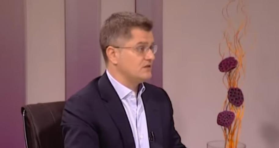 Јеремић: Вучић у преговорима о Косову не може да постигне ништа за Србију