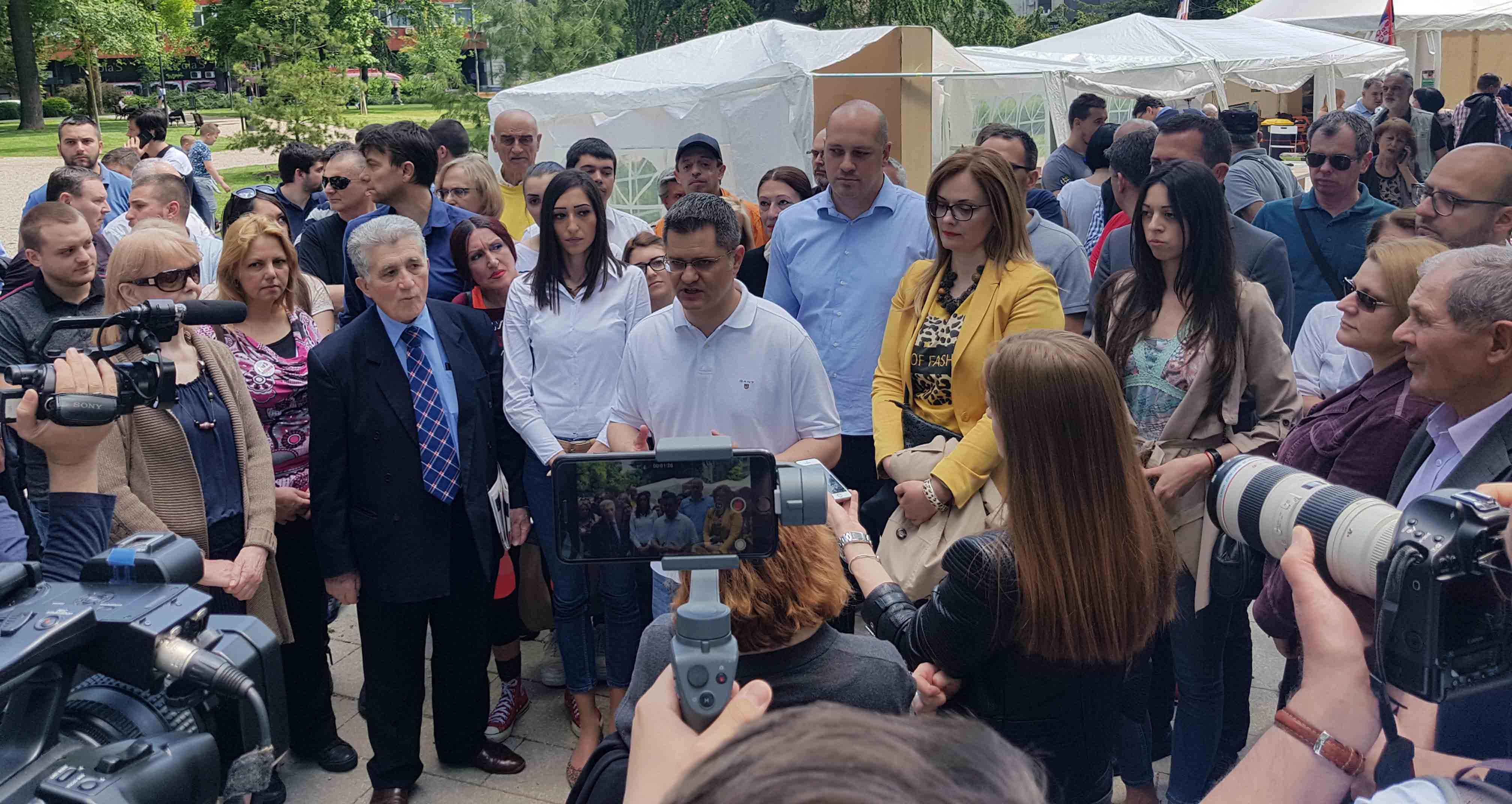 Јеремић: Ако Вучић поднесе писмени извештај, Народна странка спремна да размотри учествовање на седници парламента о Косову