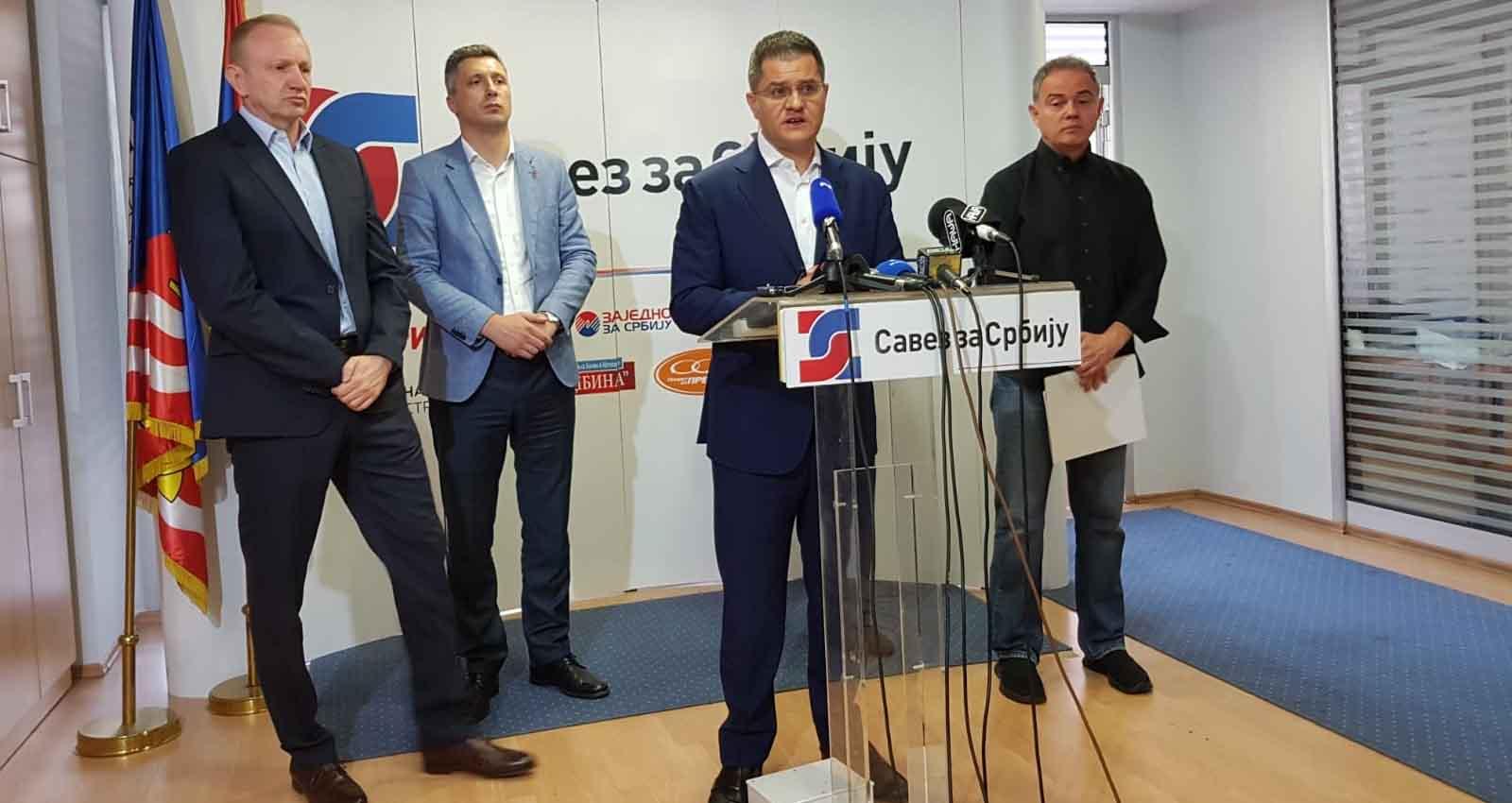 Јеремић: Српска дипломатија je сведена на сервисирање култа личности