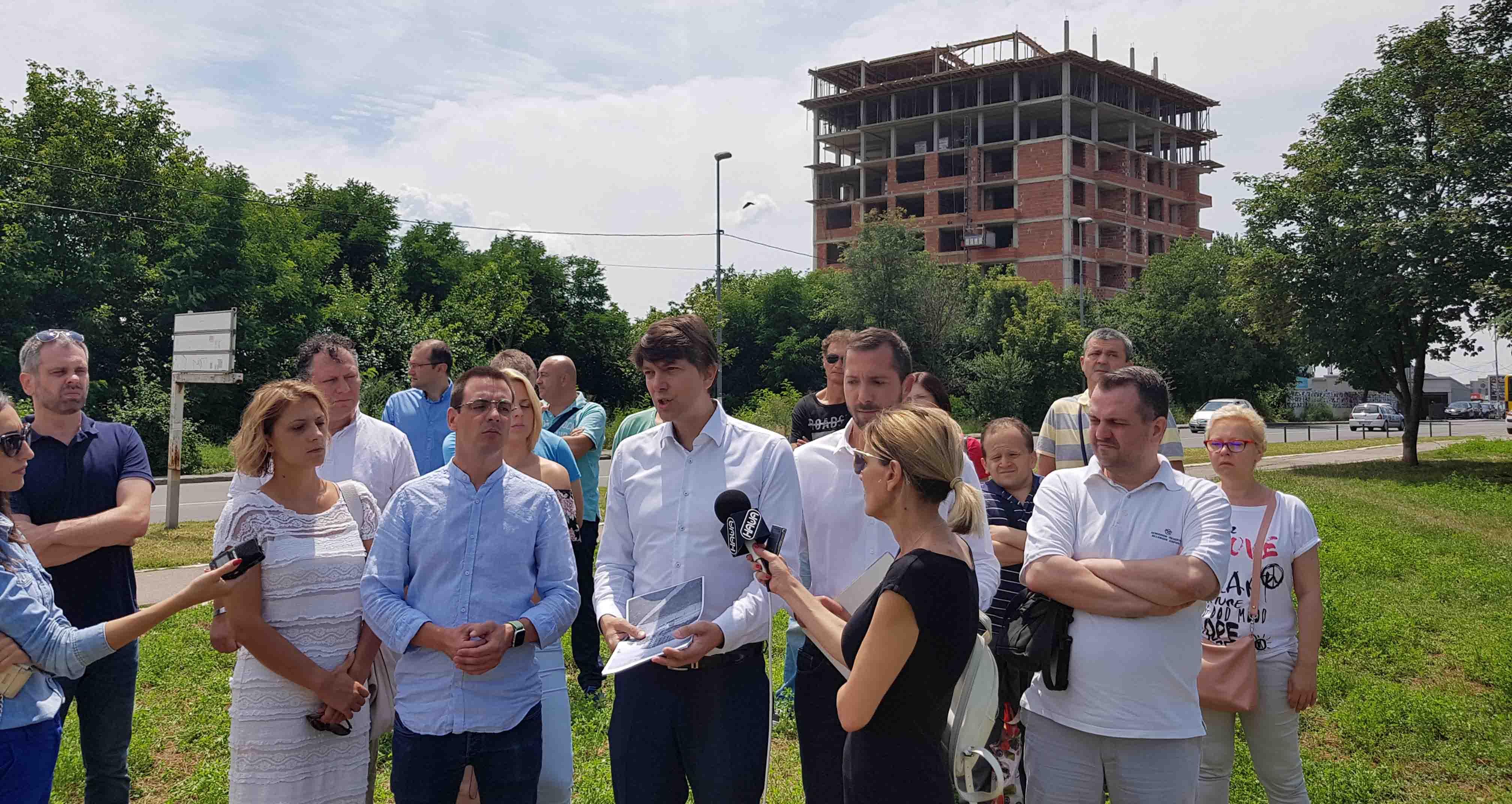 Јовановић: Зауставити дивљу градњу у Београду, власт умешана у криминалне радње
