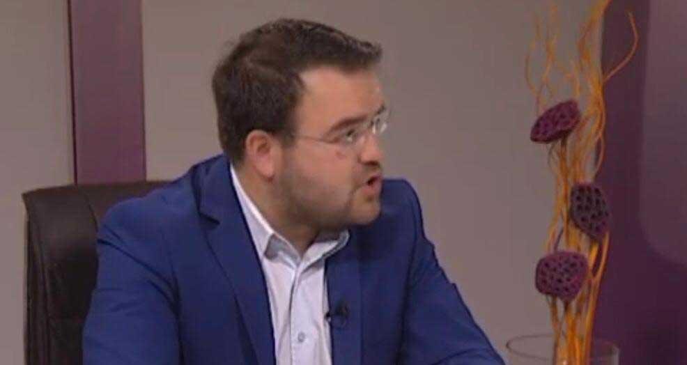 Стефан Јовановић: Неопходна темељна реформа образовног система да би млади остали у Србији
