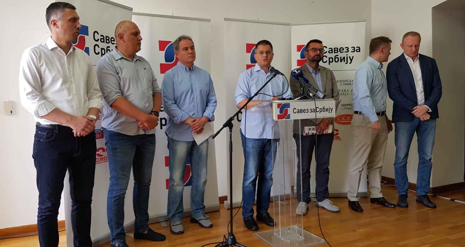Јеремић: Протестима против опозиционих лидера, Вучић покушава да сакрије афере својих сарадника