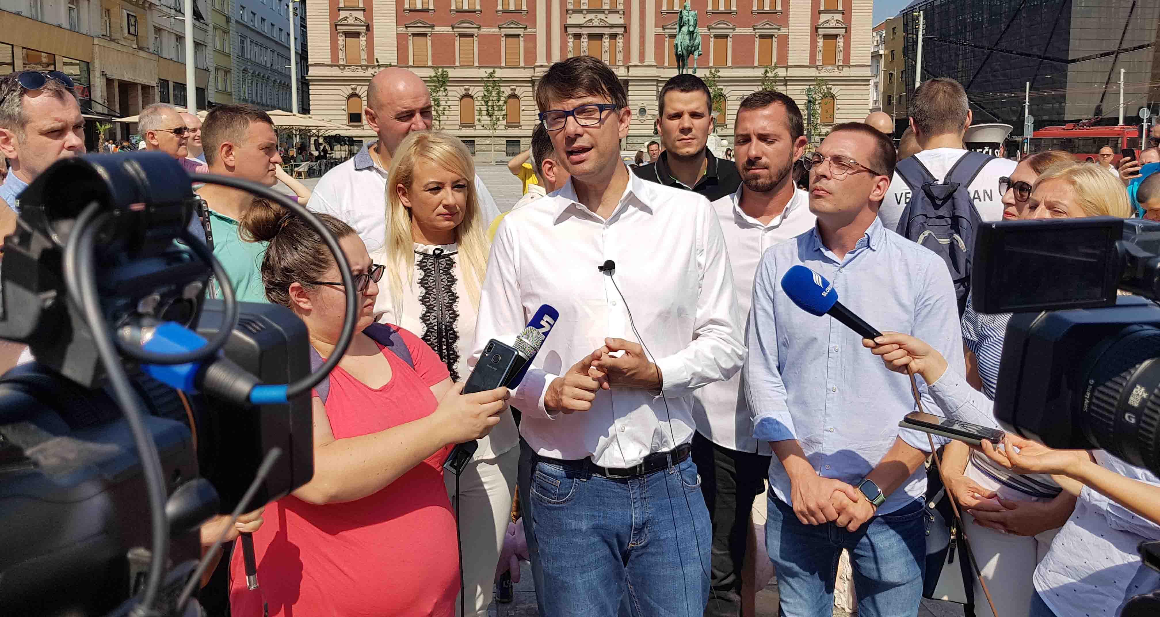 Јовановић: Реконструкцијом Трга Републике није решен ниједан проблем, мораће поново да се раскопава