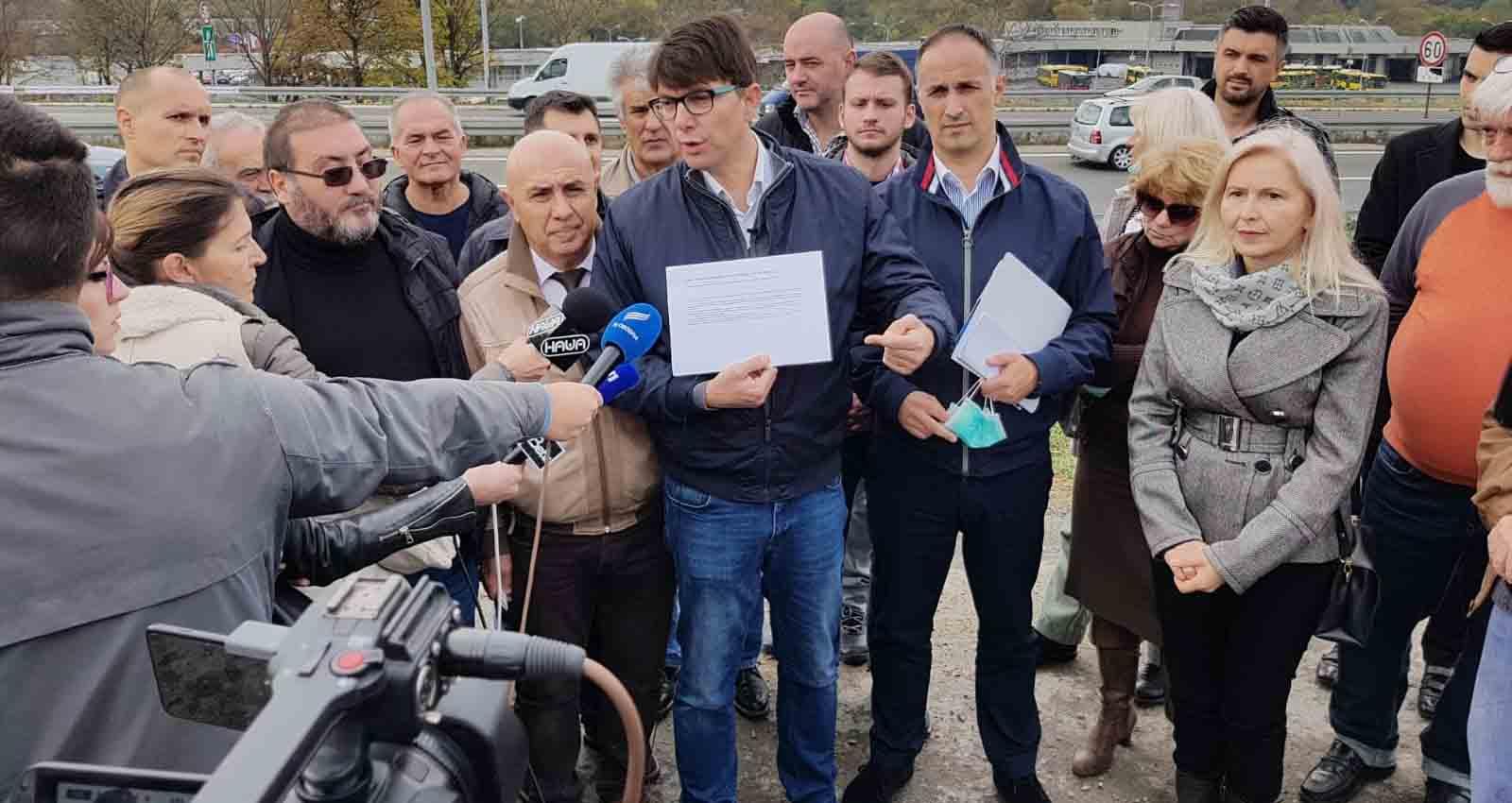 Јовановић: Трећина Београђана без канализације, њихови проблеми су важнији од националног стадиона