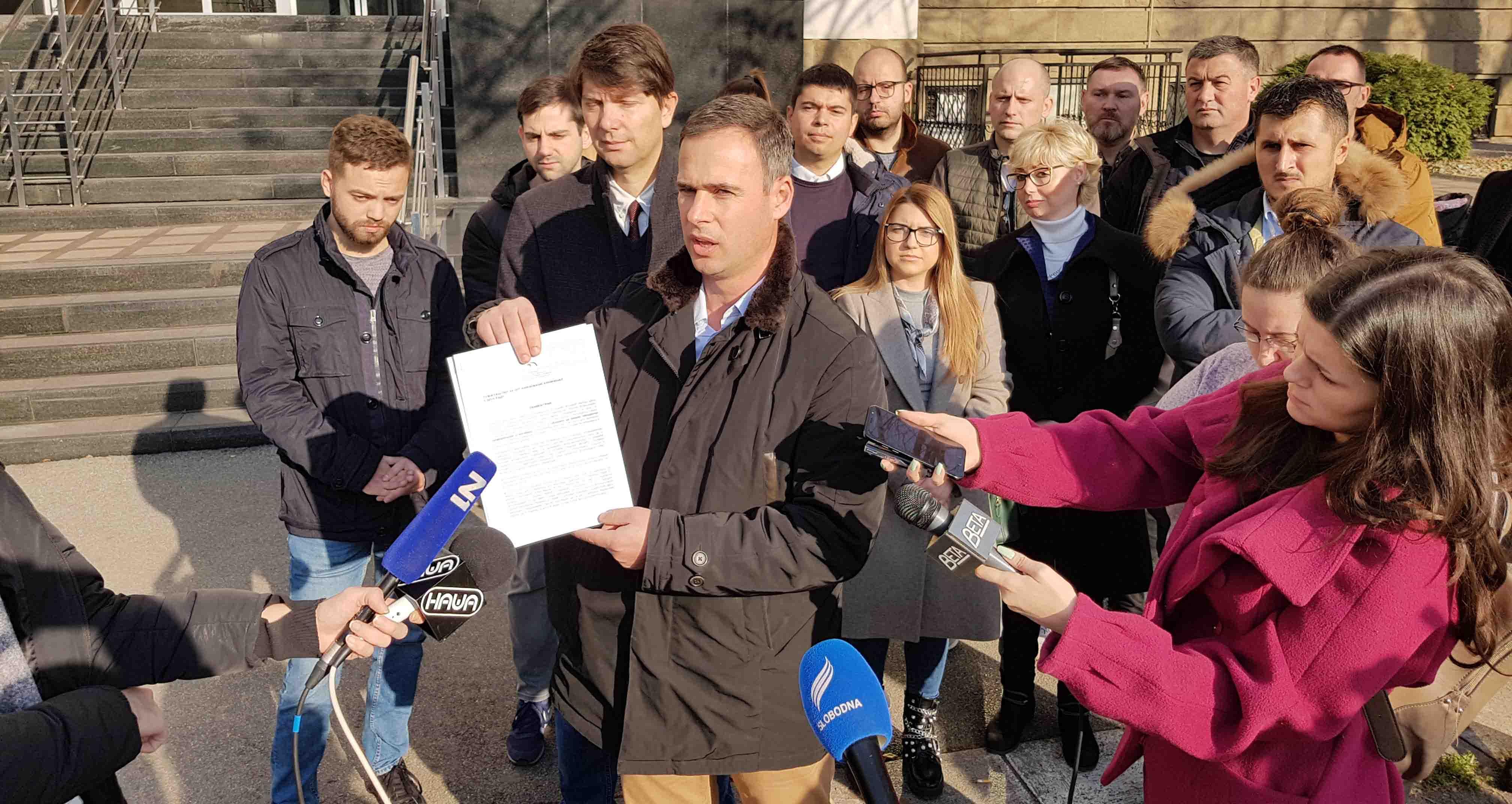 Алексић Тужилаштву за организовани криминал доставио информације о Јовањици и поднео кривичну пријаву против Вучевића