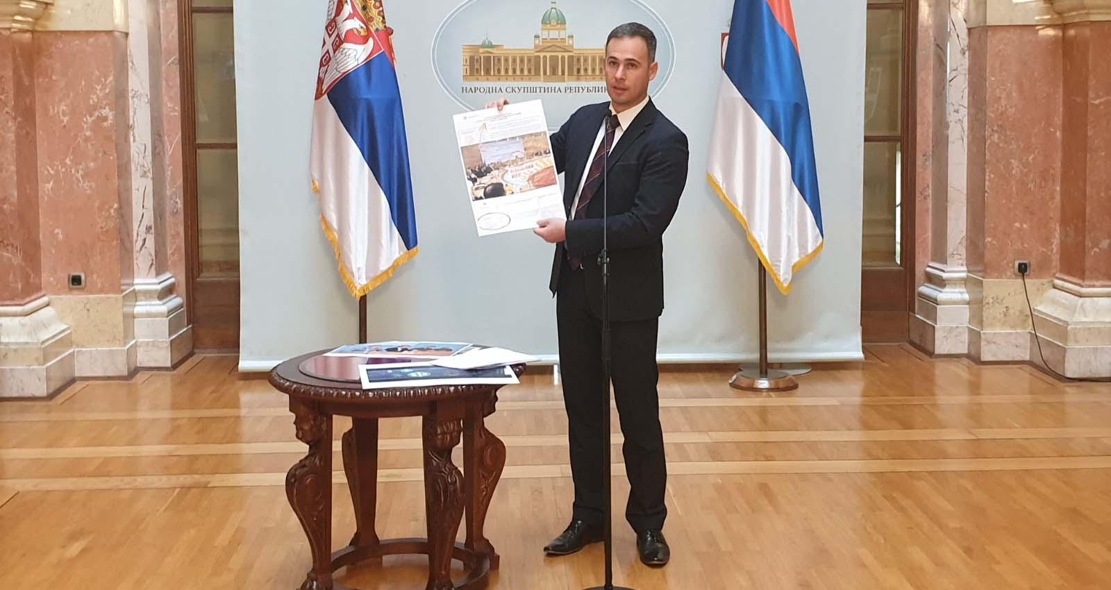 Алексић: Вучић водио ухапшеног Колувију на бизнис форуме у Русију и Казахстан
