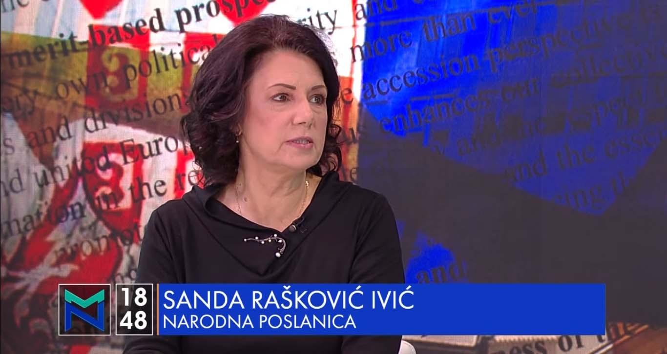 Санда Рашковић Ивић: Вучић је највећи изазивач панике и менталног загађења