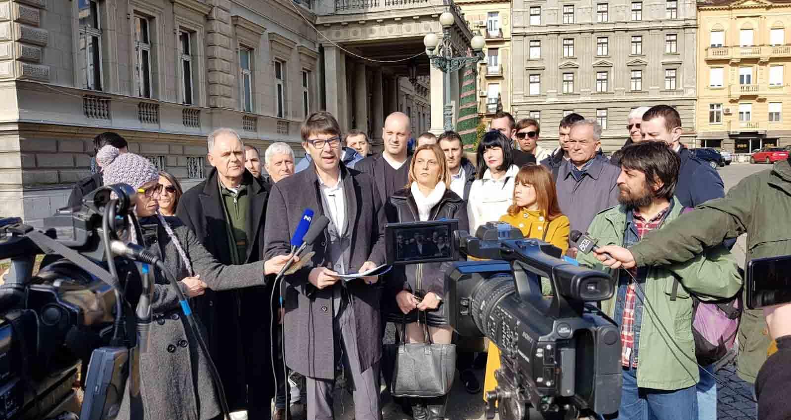 Јовановић поднео градоначелнику и градској управи захтев да се спречи узурпација Савског приобаља