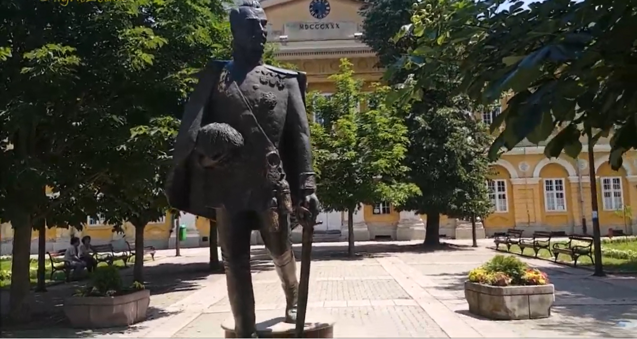 Борислав Беч (Панчево): Да ли ће вас памтити као лавове или као хијене?