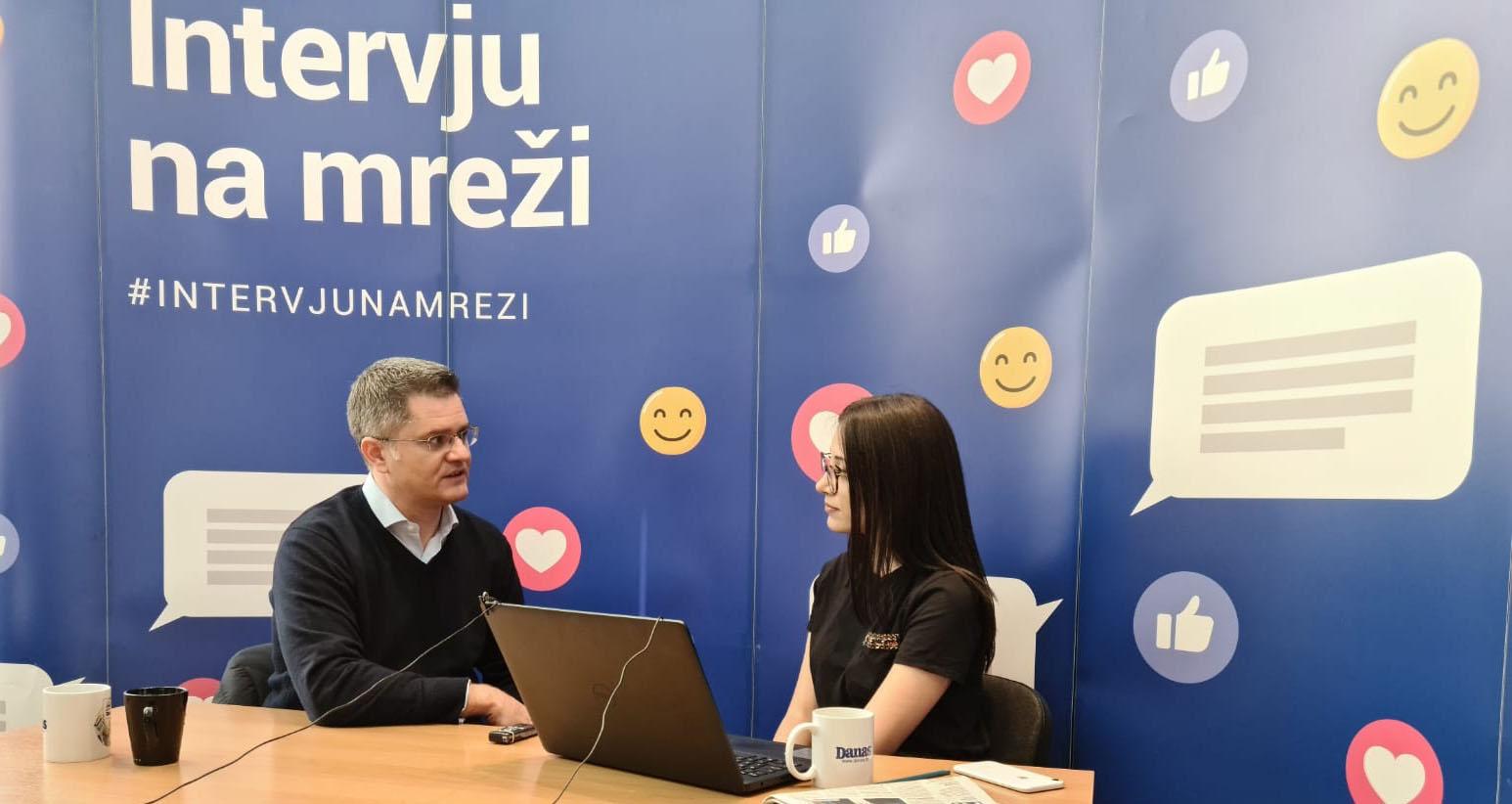 Јеремић: Сачувајте здравље и достојанство – останите 21. јуна код куће