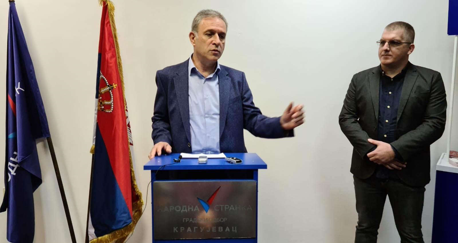 Понош: Лажни избори 21. јуна једини на којима ће се гласати ногама