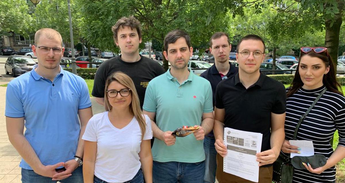 Омладина Народне странке позвала Загорку Доловац да се пробуди