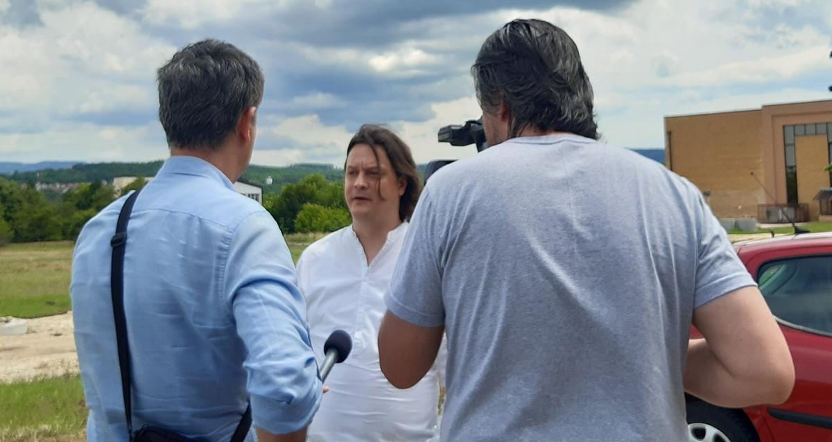 Народна странка Крагујевац: Нереална обећања дотатни разлог за бојкот