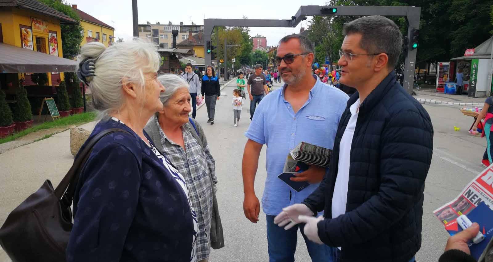 Јеремић: Ко је преместио преговоре о Косову у Белу кућу?