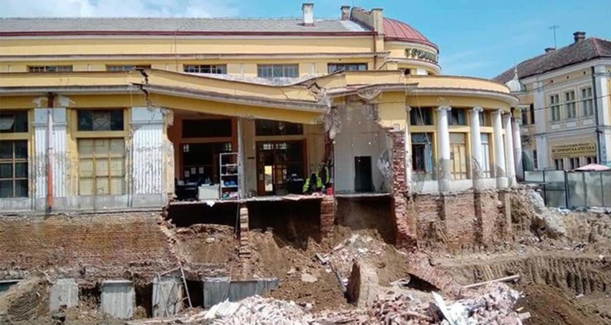"""Народна странка Крагујевац: Због изградње гараже """"случајно"""" срушен део Градске пијаце"""