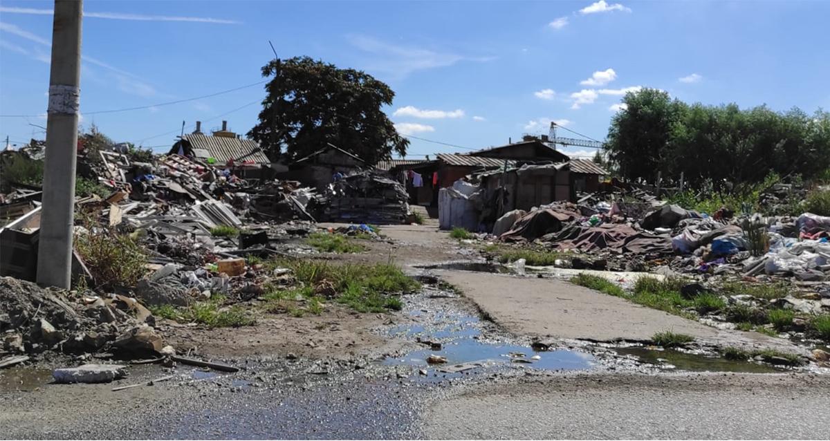 Народна странка Палилула: Власт да помогне суграђанима који живе у картонском насељу