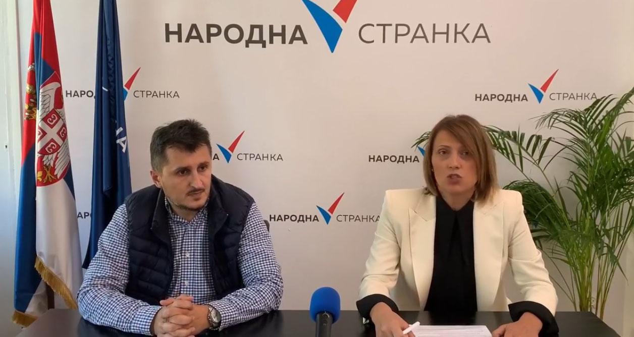 Марина Липовац Танасковић: Градска власт да обезбеди дезинфекцију у возилима јавног градског превоза