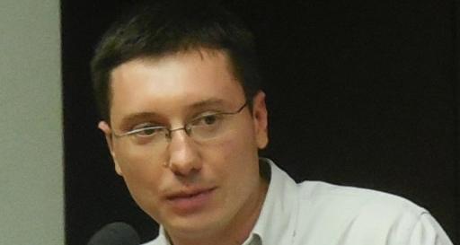 Александар Тадић: Ресор просвете и науке између континуитета и наде
