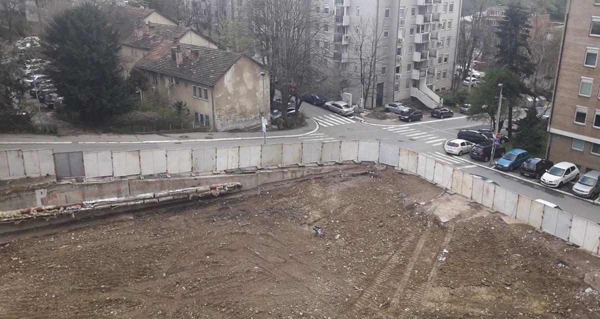 Народна странка Чукарица: Грађевинска мафија наставља иживљавање на Бановом брду