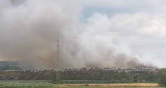Народна странка Костолац: Дилетанти из СНС-а одговорни за катастрофалан пожар на депонији