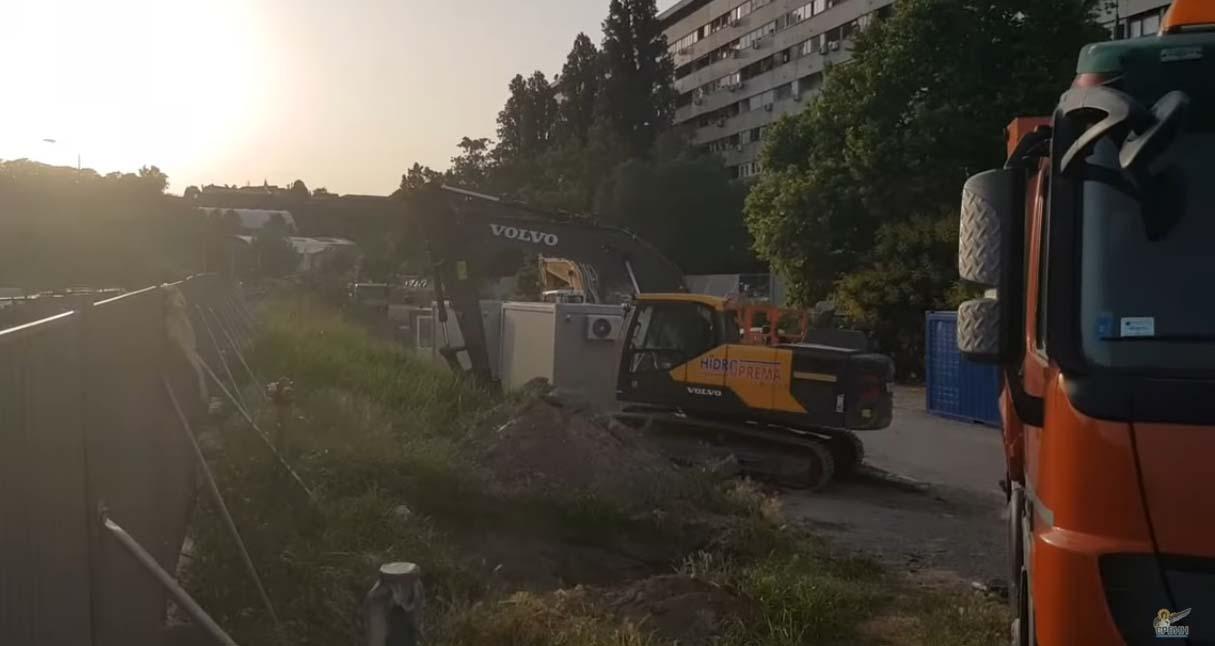 Народна странка Београд: Весић је поново слагао станаре Блока 37, а Шапић се скрива