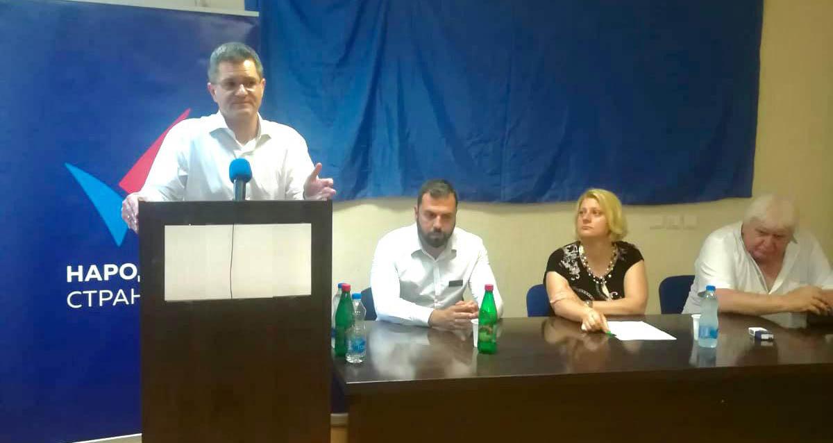 Јеремић: Не буде ли реваншизма, зло ће се вратити, лоповима одузети имовину