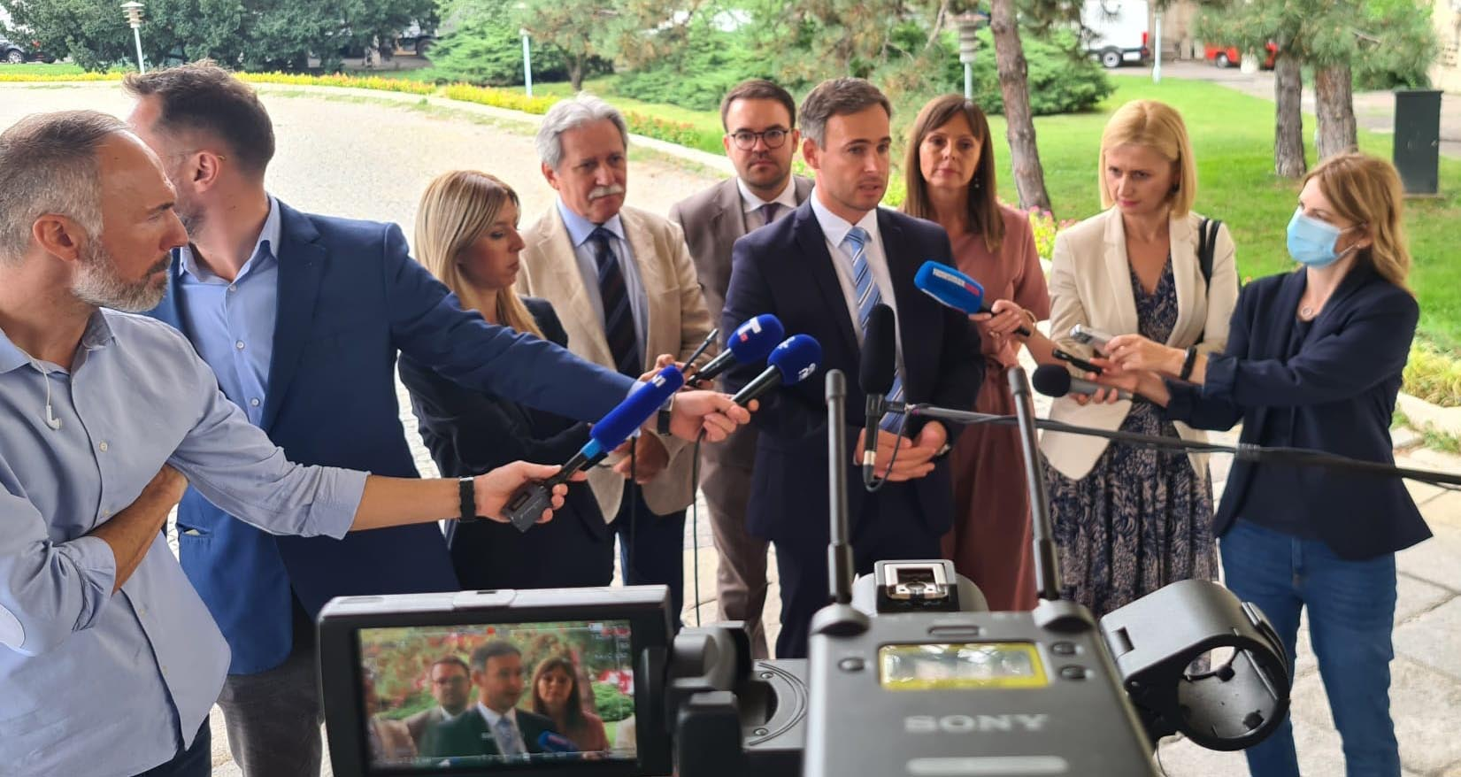 Алексић: Договор о изборима није близу, али остајемо у дијалогу док постоји шанса