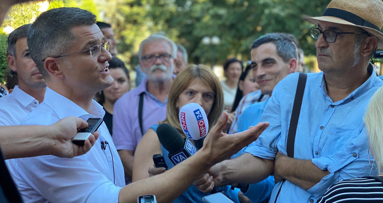 Јеремић: Вучић и Беливук ће у затвору имати деценије да расправе ко је кога звао